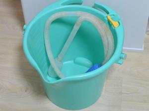 水替えバケツとホース