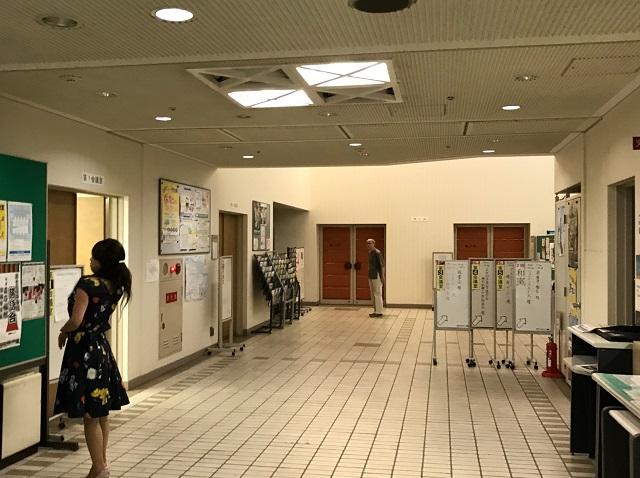 大阪中央会館エントランス