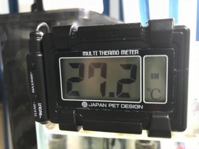 マルチ水温計Hの液晶