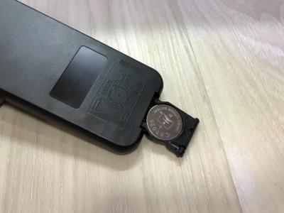 レイマックスリモコンの電池
