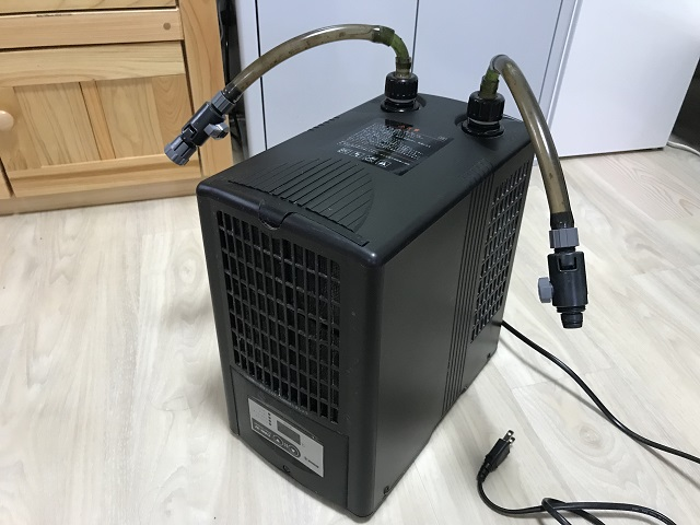 水槽用クーラー「ゼンスイZC-100α」